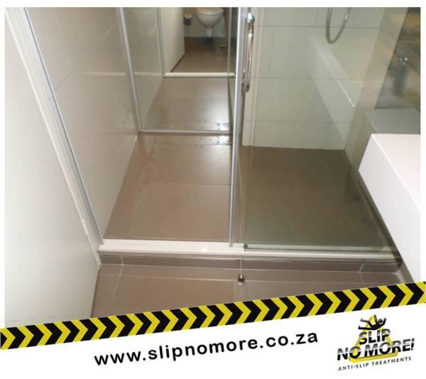 Non-slip Showers Slip No More