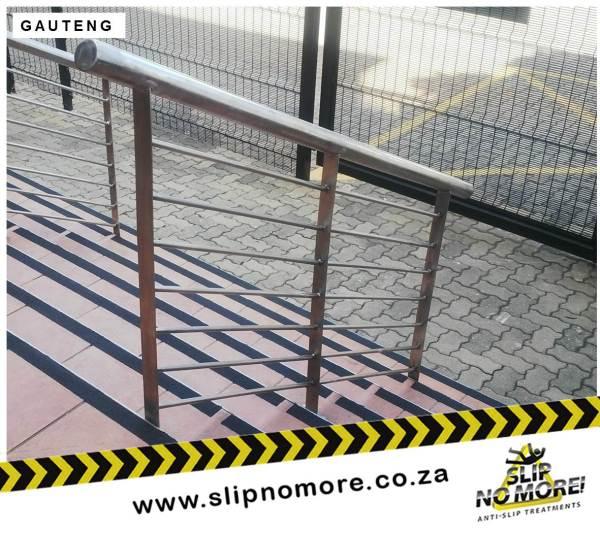 Non Slip Coatings SAAB 1 Slip No More
